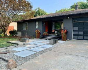 Modern Landscaping Entrance in West Bloomfield